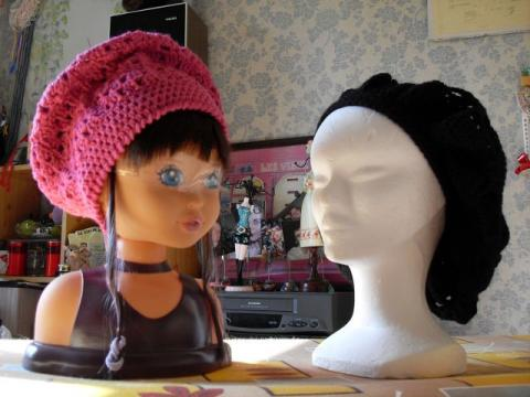 bonnets rose et noir