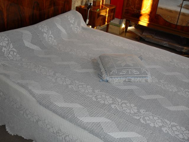 dessus de lit