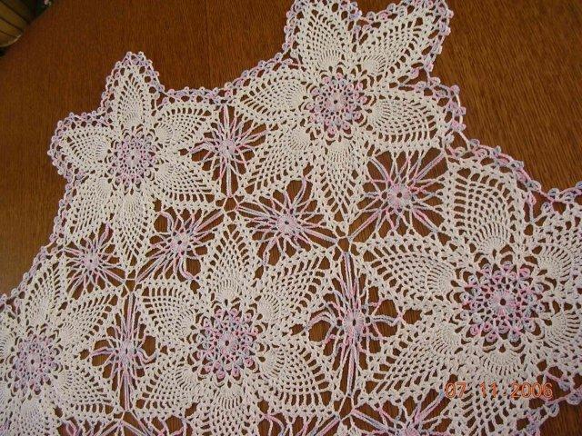 Napperons chemin de table centre de table au crochet for Chemin de table crochet