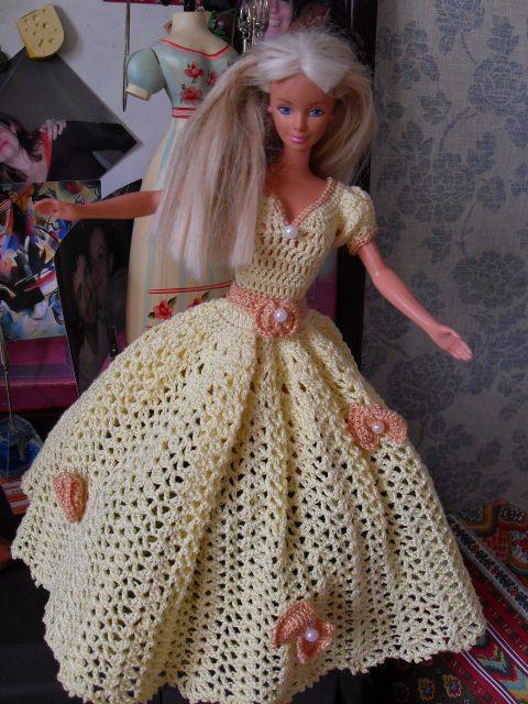 robe jaune barbie
